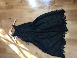 Black lace dress - NEVER WORN!!