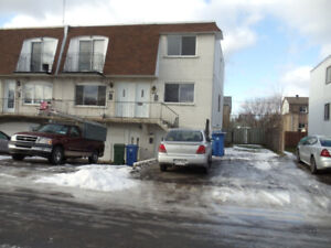 CHAMBLY 5.5  grand haut duplex