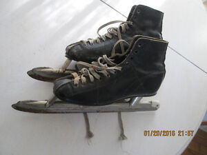 "Ladies Speed Skates Size 6, ""Planert"" Made in Canada"