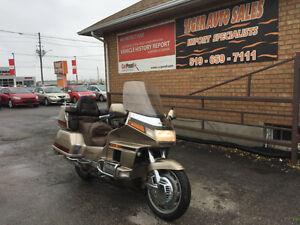 HONDA GOLD WING 1500****GREAT CONDITION***MUST SELL