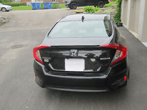 2016 Honda Civic touring Berline turbo 6000km
