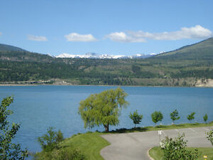 Townhouse 1550sqft in BC Rockies, close to 4 lakes >>$119,900.--