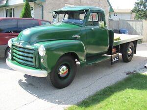 1952  GMC 1 TON TRUCK