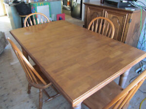 Quality table & chairs