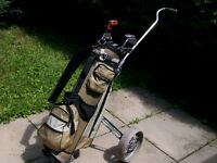 LADIES' RIGHT HAND GOLF CLUBS, BAG AND CART - $90.00