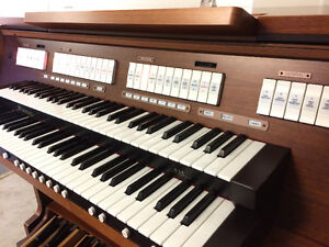 Rodgers 535 Organ (Sold in 2 days. We have others.) London Ontario image 8