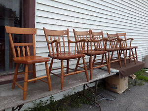 6 MATCHING ANTIQUE ARROW BACK CHAIRS SOLID CONDITION  175.00