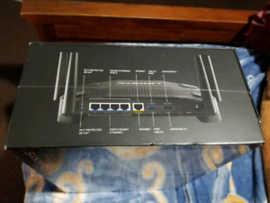 Linksys WRT 32X Gaming Router.