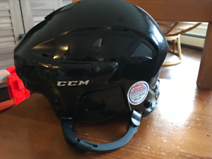 Boys CCM adjustable hockey helmet - small