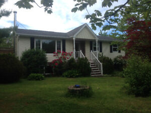 3 Bedroom House for Rent with Detached Garage - White's Lake
