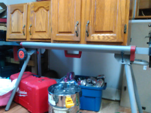 Milwaukee compound miter saw and stand