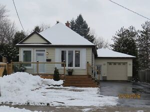 1 BEDROOM GREAT LOCATION *VIEWING THURSDAY AT 7PM*