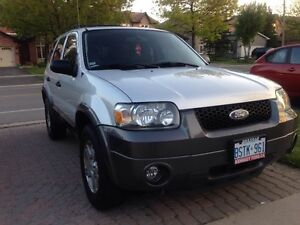 2005 Ford Escape XLT SUV, Crossover (Excellent Condition)