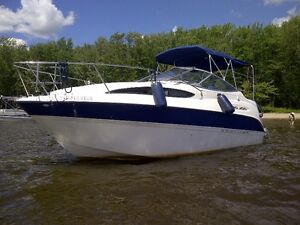Cruiser Bayliner 245 2004, Remorque incluse, pas de taxes