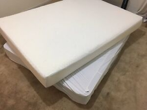 Memory foam double bed / lit in perfect condition - Delivery