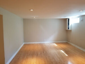 Spacious, Clean, on quiet street.  1 Bdrm Basement in Pickering