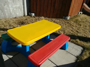 Table Fisher-Price
