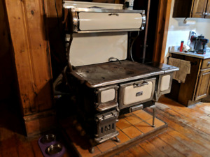 Vintage Wood Cooking Stove