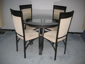 Dining Set Glass Top Table 4 Chairs Like New Condition