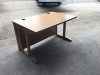 Straight 1200 oak desk