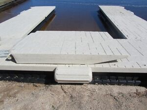 WaveArmor Dock 7Ft Ramp Kit w/Abutment Kit!! Like New!!