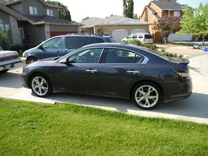 2012 Nissan Maxima with full Sport Package