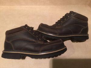 Men's B.U.M Leather Hiking Boots Size 8 London Ontario image 5