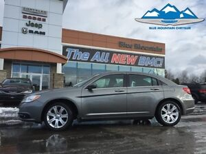 2013 Chrysler 200 Touring  ACCIDENT FREE, HEATED SEATS, CERTIFIE