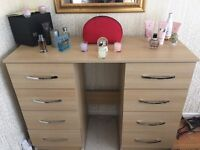 Dressing table / drawer