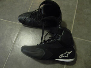 ALPINESTARS SIZE 11 SHOES LIKE NEW ONLY $100