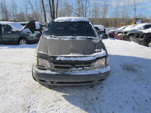 1999 Toyota Sienna  ** FOR PARTS * INSIDE & OUTSIDE **