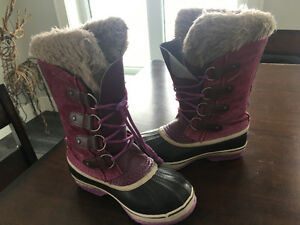 Youth Sorel boots size2