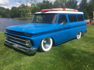 ***REDUCED***  1966' 8- PASS SUBURBAN ON AIR RIDE