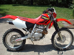 WANTED.... Looking for a XR250R or a XR400R.