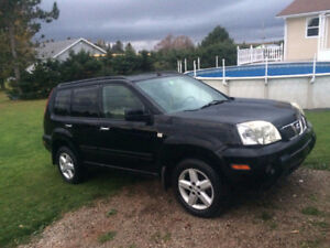 2005 Nissan X-trail SUV, Crossover - 107,000 KM's