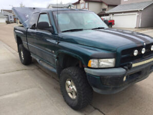 1998 Dodge Ram 1500 4x4 Extended cab