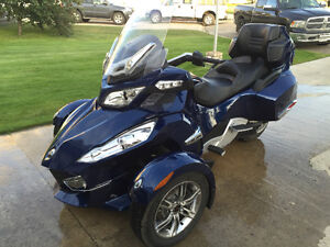 2010 Can-Am Spyder RTS