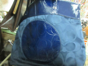HANDBAGS/PURSES WALLETS AND MORE at ANGIE O'H ANTIQUES