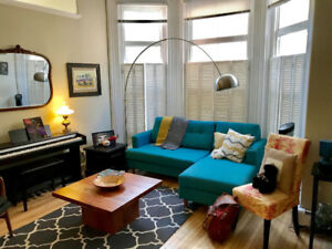 Gorgeous Heritage Building 2 Bedroom Apartment Sublet