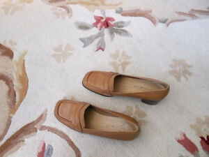 New Women's Shoes and Sandals