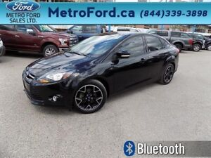2014 Ford Focus Sedan SE  - Bluetooth -  SYNC - $124.53 B/W