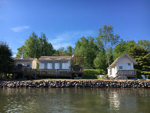 COTTAGE ON LAKE SUPERIOR  ISHKIBBIBLE BEACH 10 MINUTES FROM TOWN