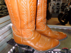 Cowboy boots- Texas made- in 9-  recycledgear.ca