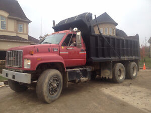 2000 GMC C8500 Topkick Dumptruck, Good Working Condition!