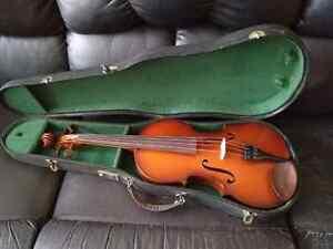 Violon alto à l'état neuf