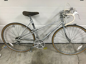 Vintage Medalist 2 10 Speed Bike $130 OBO 204-296-9460