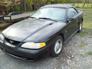 1995 Ford Mustang Convertible v6 automatic