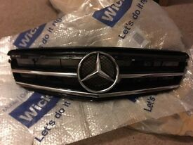 Mercedes c class w204 2007-2011 AMG sports black grill