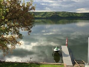 Lakefront cottage for rent.  Pasqua Lake, Qu'Appelle Valley