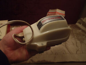 WAHL SUPERSAGE MASSAGER  (VERY GOOD CONDITION)